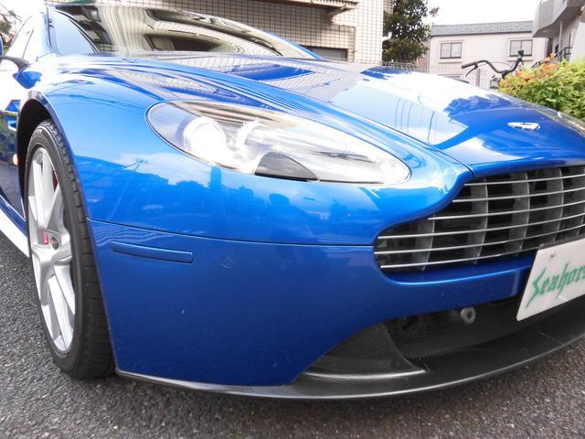 アストンマーティン アストンマーティン V8ヴァンテージ S スポーツシフトII カーボンパーツ Sマフラー ナビ