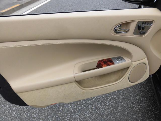 「ジャガー」「ジャガー」「オープンカー」「東京都」の中古車42