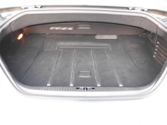 XKRコンバーチブル 2009yモデル 紺TOP 左ハンドル 1オーナー アイボリー内装 20AW アダプテイブクルーズコントロール 6速パドルシフト ヒーター付ウッドコンビステアリング  ドラレコ(23枚目)