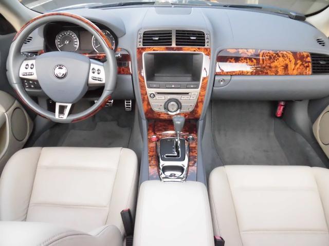 XKRコンバーチブル 2009yモデル 紺TOP 左ハンドル 1オーナー アイボリー内装 20AW アダプテイブクルーズコントロール 6速パドルシフト ヒーター付ウッドコンビステアリング  ドラレコ(28枚目)