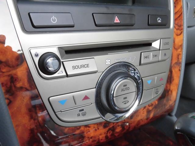 XKRコンバーチブル 2009yモデル 紺TOP 左ハンドル 1オーナー アイボリー内装 20AW アダプテイブクルーズコントロール 6速パドルシフト ヒーター付ウッドコンビステアリング  ドラレコ(35枚目)
