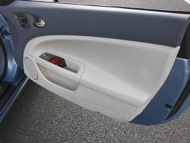 XKRコンバーチブル 2009yモデル 紺TOP 左ハンドル 1オーナー アイボリー内装 20AW アダプテイブクルーズコントロール 6速パドルシフト ヒーター付ウッドコンビステアリング  ドラレコ(41枚目)