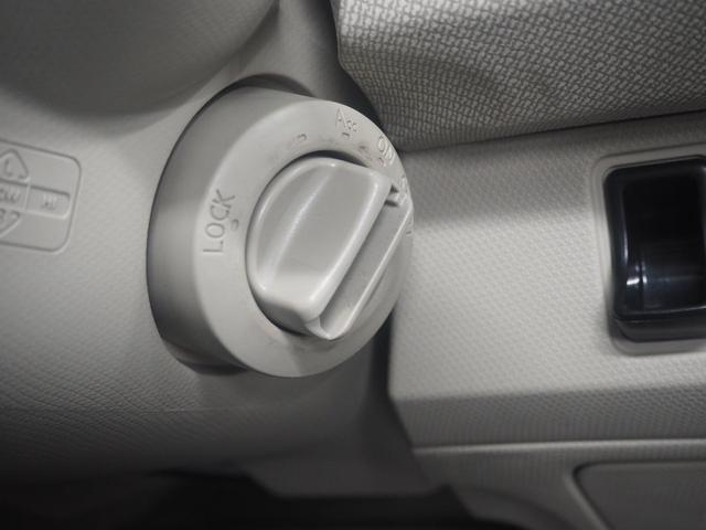 15LX メイクアップ車両 ホワイトカラードホイール(16枚目)