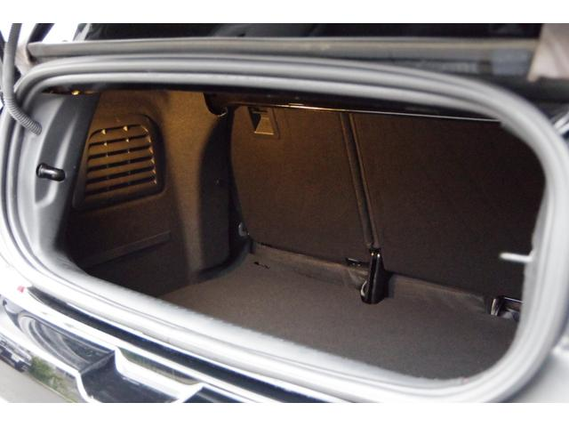お車の抗菌・防臭に内装コーティングは如何でしょうか?東芝マテリアル開発「ルネキャット」を是非お試しください。特に小さなお子様のいるご家庭にお勧めです!