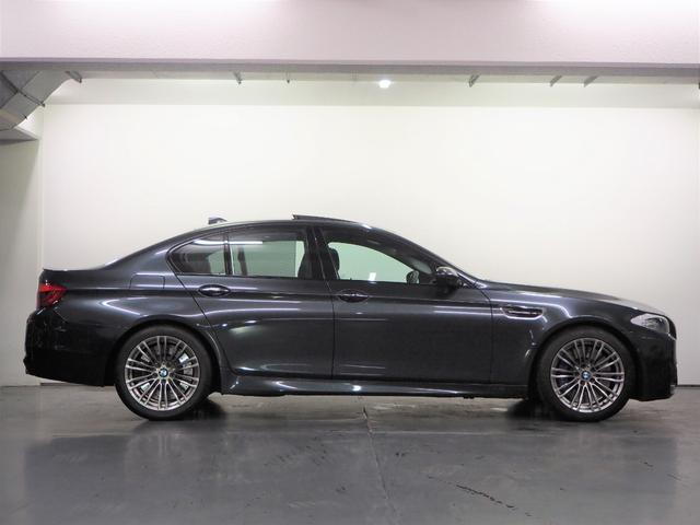 「BMW」「M5」「セダン」「神奈川県」の中古車5