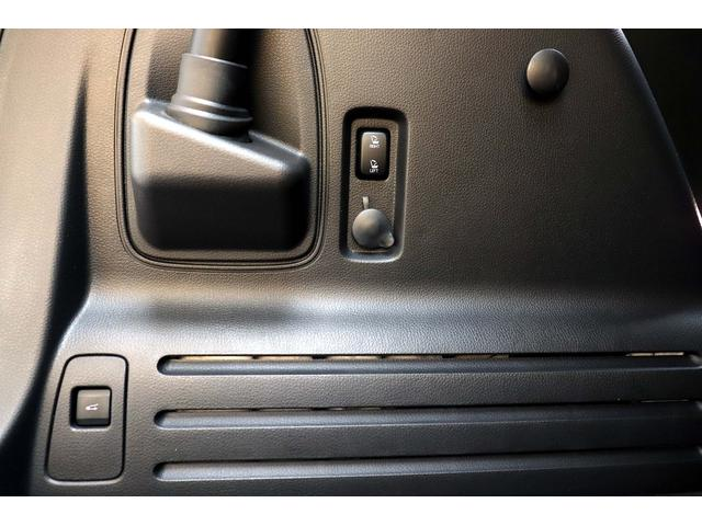 「リンカーン」「リンカーンMKX」「SUV・クロカン」「東京都」の中古車16