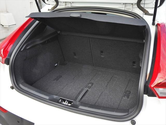 ボルボ ボルボ V40 クロスカントリーD4 安全装備 ポールスター ナビ ETC