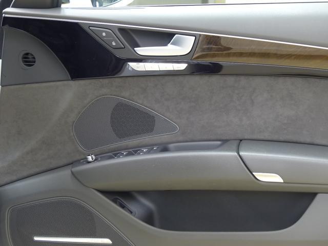 アウディ アウディ A8ハイブリッド ベースグレード限定120台 黒革 LED 自動トランク 禁煙
