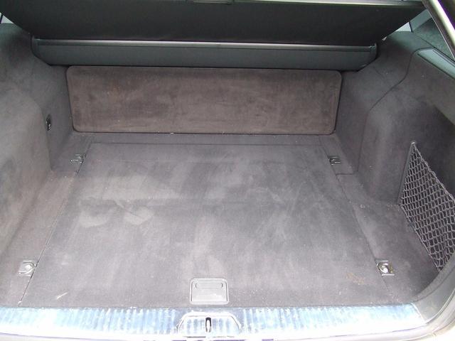 メルセデス・ベンツ M・ベンツ E320ステーションワゴン アバンギャルド 黒革 SR