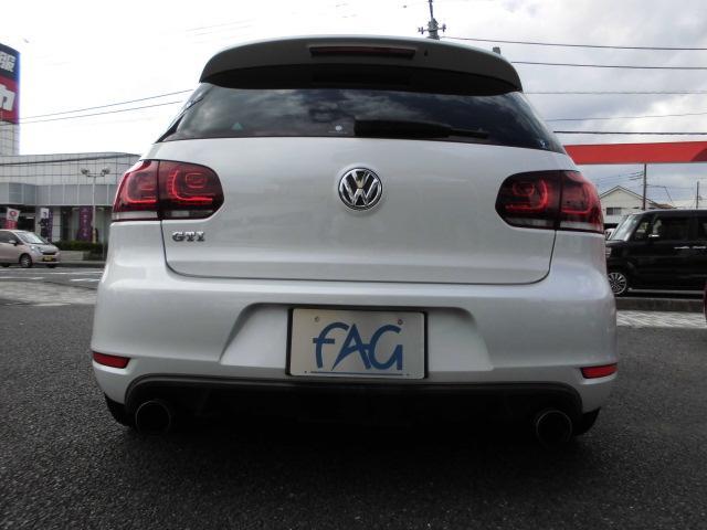 フォルクスワーゲン VW ゴルフ GTI アディダス 社外ナビ マフラー 18AW ローダウン