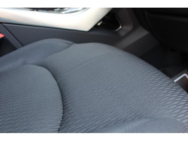 SE ディーラー車 SEテックパック シートヒーター ハンズフリーテールゲート ブラインドスポットモニター レーンデパーチャーワーニング(29枚目)