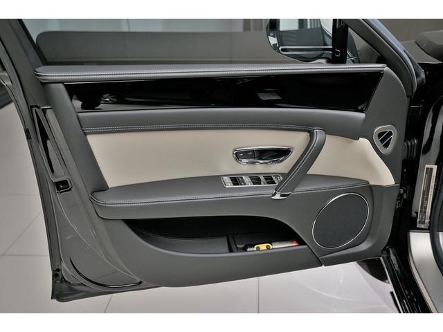 ベントレー ベントレー フライングスパー V8