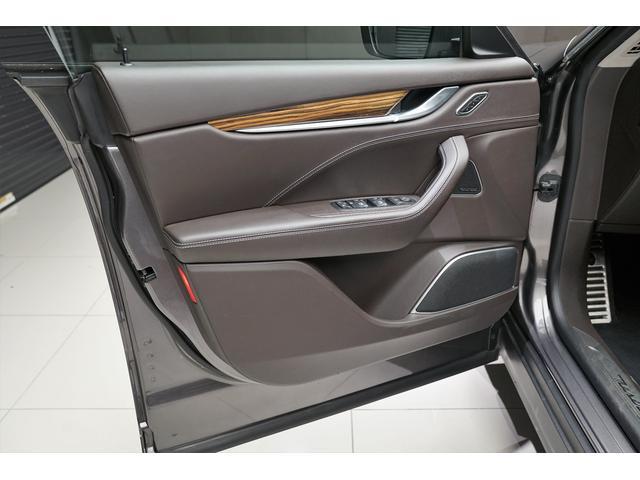 S 16年モデルD車 ドライバーアシスタンスPKG LHD(18枚目)