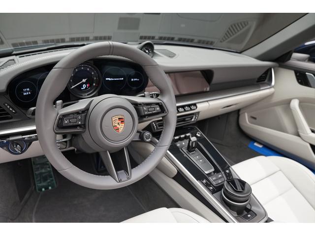 左ハンドルが初めての方、不慣れな方でもなれやすく、運転しやすいお勧め出来る一台でございます。