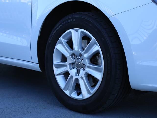 アウディ アウディ A1スポーツバック 1.4TFSI 認定中古車 バイキセノン