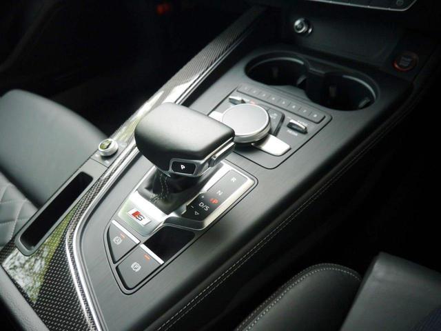 ベースグレード アシスタンス&マトリクスLEDヘッドライト&レザーパッケージ 認定中古車  アーティフィシャルイテリアレザー(ドアアームレスト/センターコンソール)  カラードブレーキキャリパー レッド(18枚目)