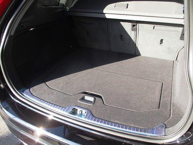 ボルボ ボルボ XC60 D4 クラシック VOLVO SELEKT 認定中古車