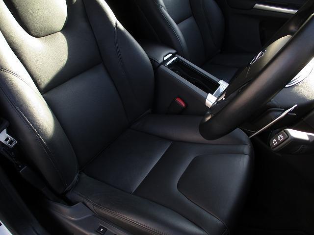 ボルボ ボルボ XC60 T5 SE