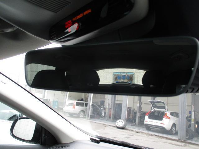 クロスカントリー D4 SE VOLVO SELEKT 車両(17枚目)