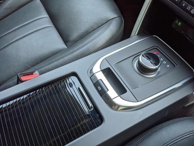 HSE 2.0L P240 4WD 1オーナー 黒革/シートヒーター 純正SSDナビ/デジタルテレビ 専用19A/W ステアリングヒーター MERIDIAN ブラインドスポット パワージェスチャーテールゲート(31枚目)