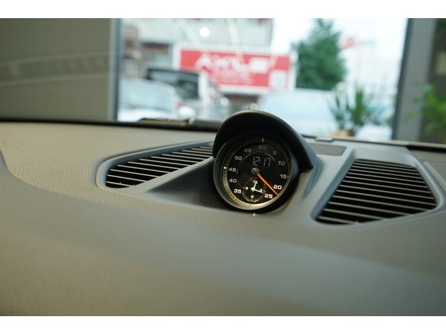 911GT3 ディーラー車 6速MT クラブスポ-ツ(9枚目)
