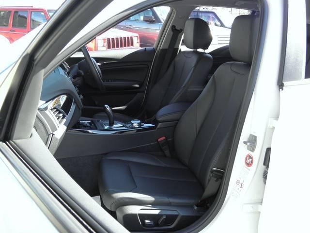BMW BMW 116i スタイル 黒本革シート ドライビングアシストPKG