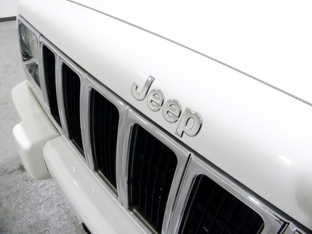 クライスラー・ジープ クライスラージープ チェロキー リミテッド XJ最終製造 黒本革木目 ETC 認証整備付