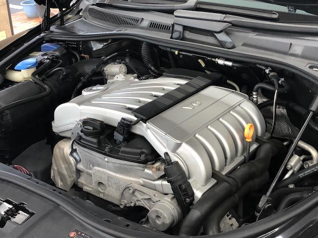 フォルクスワーゲン VW トゥアレグ V6 後期モデル黒本革シート&ウッドパネル【ガッチリ整備付】