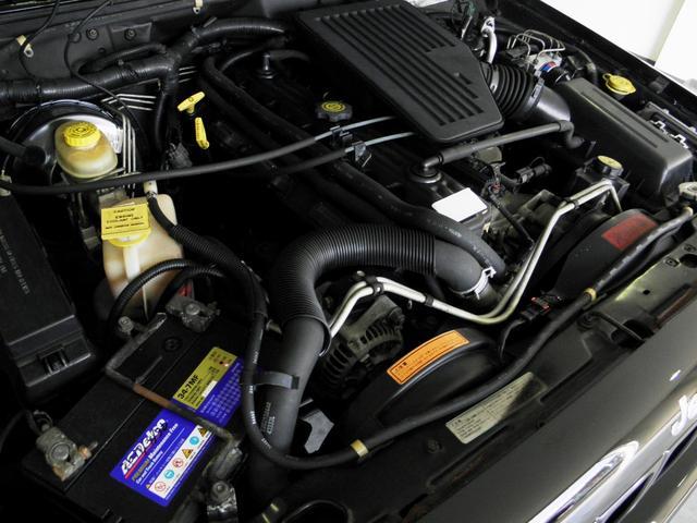 クライスラー・ジープ クライスラージープ チェロキー スポーツ 内外セミレストア 最終モデル 1オーナー 整備付