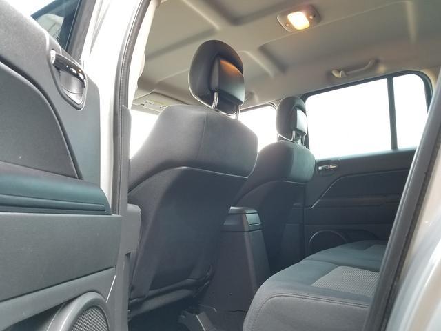 スポーツ 2WD前輪駆動 可変バルブタイミング機構搭載2000ccワールドエンジン 全シートリクライニング SDナビ一体機 地デジTV&Bluetooth機能 バックカメラ サイドカメラ&モニター 最終モデル(32枚目)