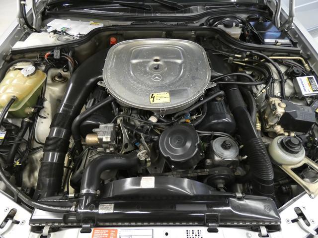 Sクラス クーペ 560SEC 正規D車 SR青ファブリック(19枚目)