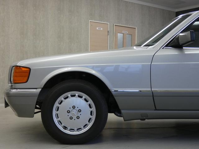 Sクラス クーペ 560SEC 正規D車 SR青ファブリック(20枚目)
