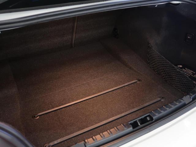 寒い日でも暖かく身体を包み込んでくれる、シートヒーターをフロントシート両席に装備します。
