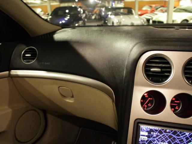 3.2 JTS Q4 4WD 6速AT車(12枚目)