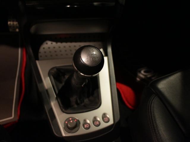 GTA 3.2 V6 24V D車 左H 6速MT(17枚目)