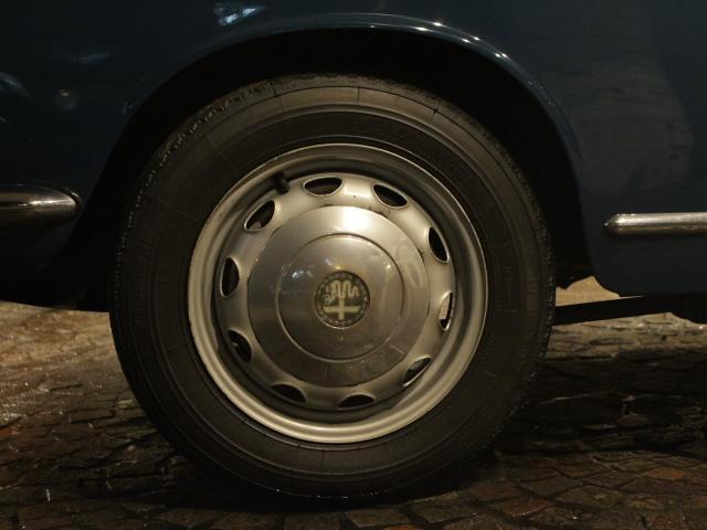 「アルファロメオ」「ジュリエッタ」「コンパクトカー」「東京都」の中古車37
