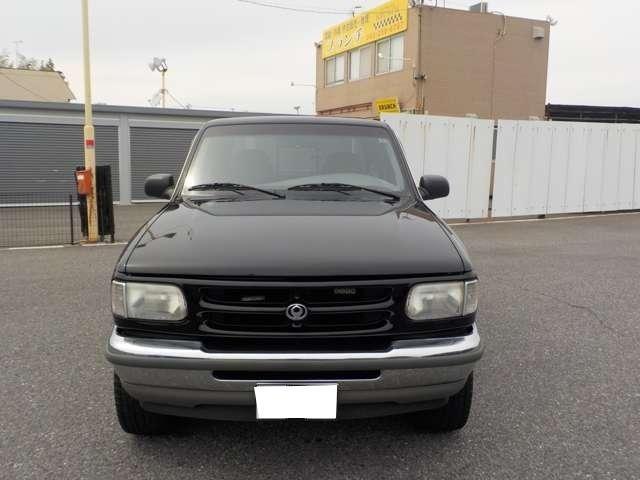 B4000 B4000 4WD ブラック(2枚目)
