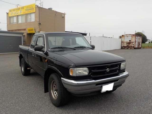B4000 B4000 4WD ブラック(3枚目)