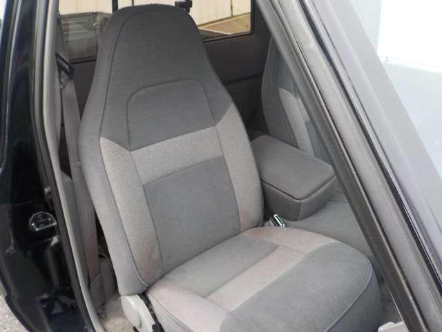 B4000 B4000 4WD ブラック(13枚目)