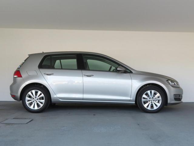 ご契約後は、弊社(Volkswagen Japan Sales)サービス工場にて、納車前点検整備・新車保証継承を行い、御納車となります。
