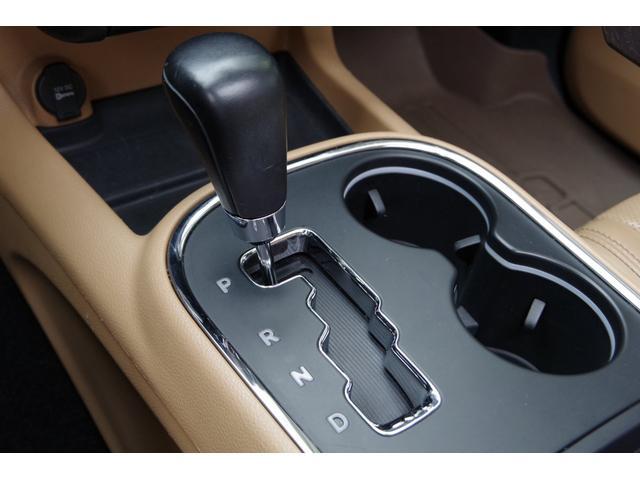 シタデル 5.7HEMI AWD 新車並行 フリップダウン(13枚目)