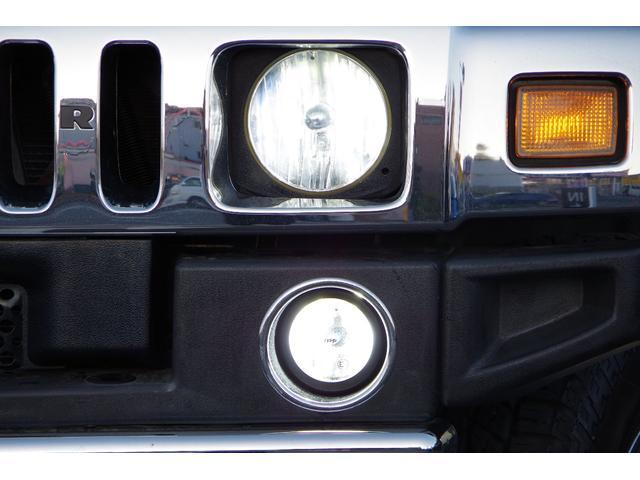 ラグジュアリーパッケージ 新車並行 メッキパーツ デイライト部フォグランプ化 ヘッドレストモニター×4 大型フリップダウンモニター LEDヘッドライト・フォグランプバルブ 4座シートヒーター ナビ SD Bluetooth(18枚目)
