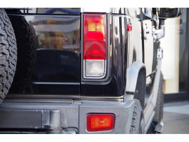 ラグジュアリーパッケージ 新車並行 メッキパーツ デイライト部フォグランプ化 ヘッドレストモニター×4 大型フリップダウンモニター LEDヘッドライト・フォグランプバルブ 4座シートヒーター ナビ SD Bluetooth(19枚目)