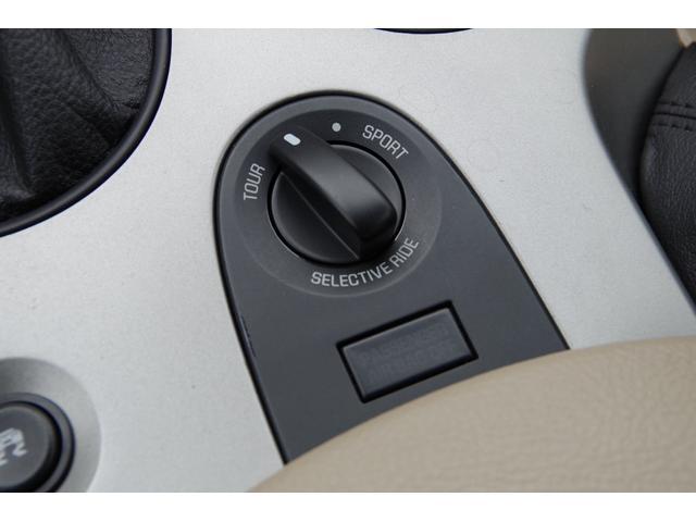 ベースグレード 社外マフラー ベージュレザー ナビ TV SD バックカメラ スマートキー パワーシート シートヒーター クルーズコントロール HIDヘッドライト ETC BOSEサウンドシステム タルガトップ(21枚目)