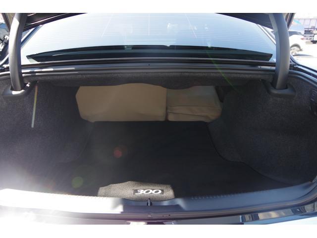 300ブラック&ホワイトパッケージ+ ベージュ革調シート パナソニック製ナビ 地デジ バックカメラ ソナー BOSS22インチAW ブラッククロームグリル クロームセンターピラー Bluetooth スマートキー バイキセノン(25枚目)