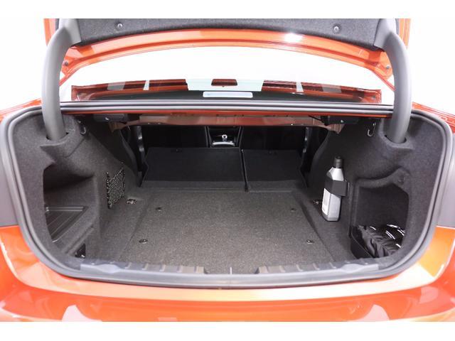 BMW BMW M3セダン M-DCT カーボンルーフ ドライビングアシスト