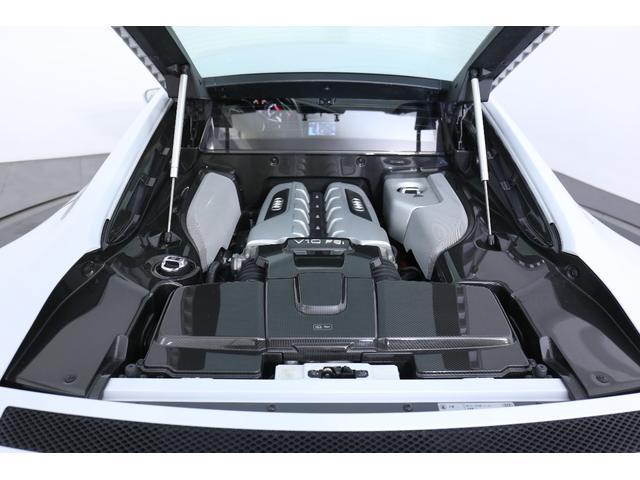 アウディ アウディ R8 5.2FSIクワトロ デコラティブカーボンサイドパネル
