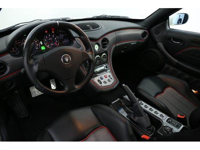 カンビオコルサ 1オーナーD車 整備記録 カーボンインテリア(3枚目)
