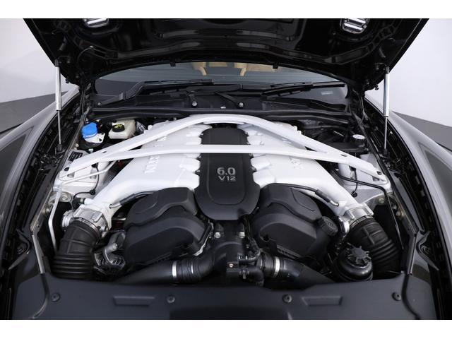 エンジン:6リッターV12 DOHC 48バルブトランスミッション:8段AT最高出力:573ps(421kW)/--rp(カタログ値)