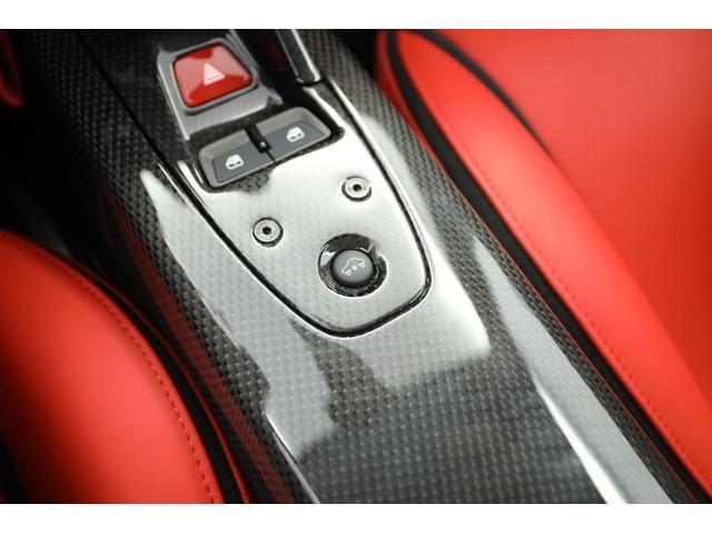 「フェラーリ」「ラ フェラーリ」「クーペ」「東京都」の中古車13